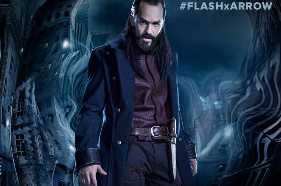 Recorte del avance de Vandal Savage para el crossover de The Flash y Arrow de 2015