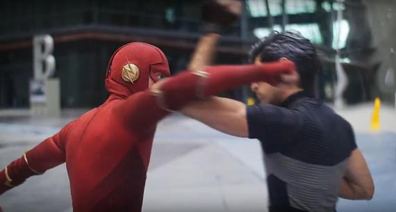 Flash contra Quicksilver en el tercer Minute Match-Ups