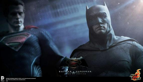 Figuras Hot Toys de Batman y Superman en Dawn of Justice