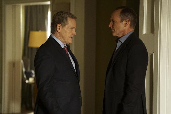 Imagen de Agentes de S.H.I.E.L.D. 3x11: Bouncing Back, William Sadler es el Presidente Ellis
