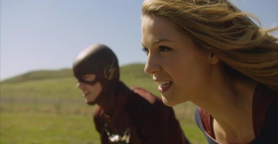 Captura de la segunda promo del crossover entre Supergirl y The Flash