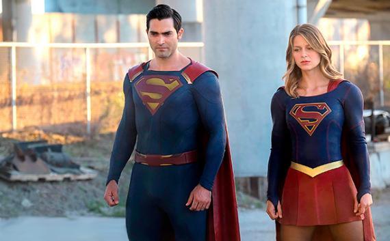 Imagen de Superman y Supergirl en la segunda temporada de Supergirl