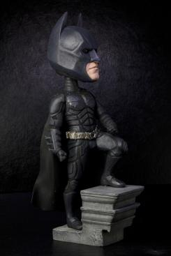 Figura cabezón (Extreme Head Knockers) de Batman de The Dark Knight Rises (2012), de NECA