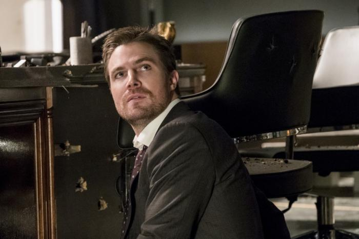 Imagen de Arrow 5×13: Spectre of the Gun