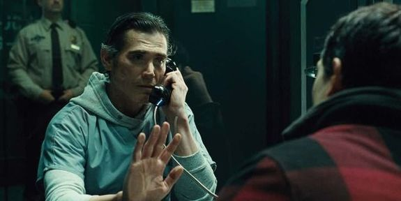 Capura del trailer de Justice League (2017), Billy Crudup como Henry Allen