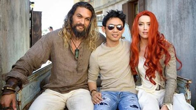 Jason Momoa, director James Wan y Amber Heard en el set de Aquaman (2018)