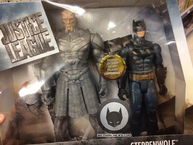Juguete de Justice League (2017), Steppenwolf vs. Batman