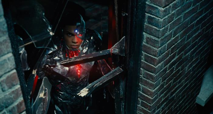 Captura del segundo trailer de Justice League (2017), Cyborg