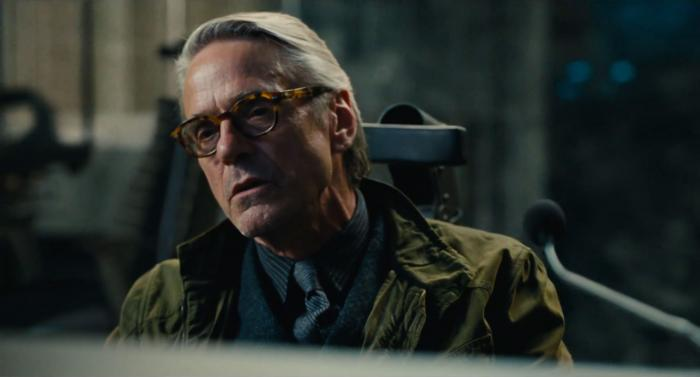 Captura del segundo trailer de Justice League (2017), Alfred Pennyworth