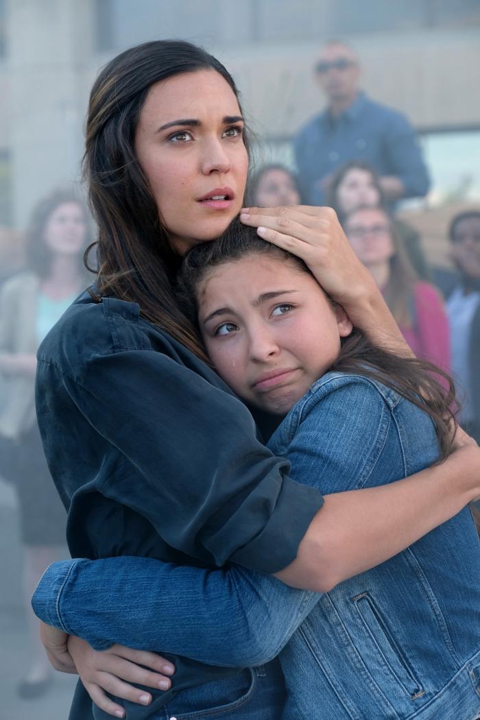 Imagen de la tercera temporada de Supergirl, Samantha Arias (Reign como humana)