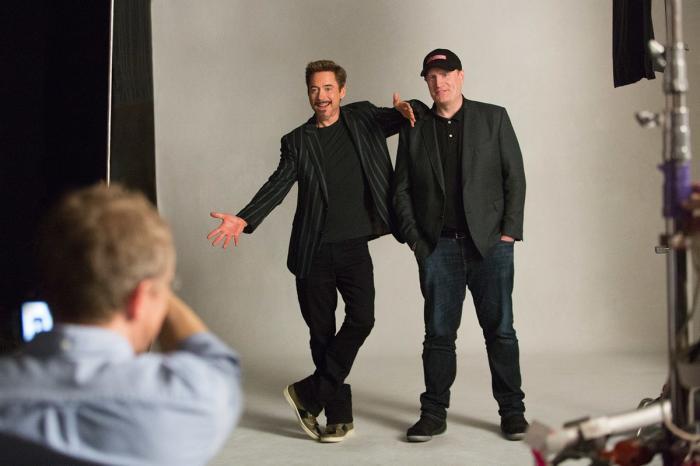 Detrás de las cámaras de la sesión de fotos del décimo aniversario de Marvel Studios