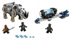 Imagen del set de LEGO de Black Panther: Rhino Face-Off by the Mine