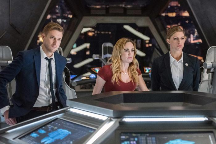 Imagen de Legends of Tomorrow (2015 - ?) 3x13: No Country For Old Dads