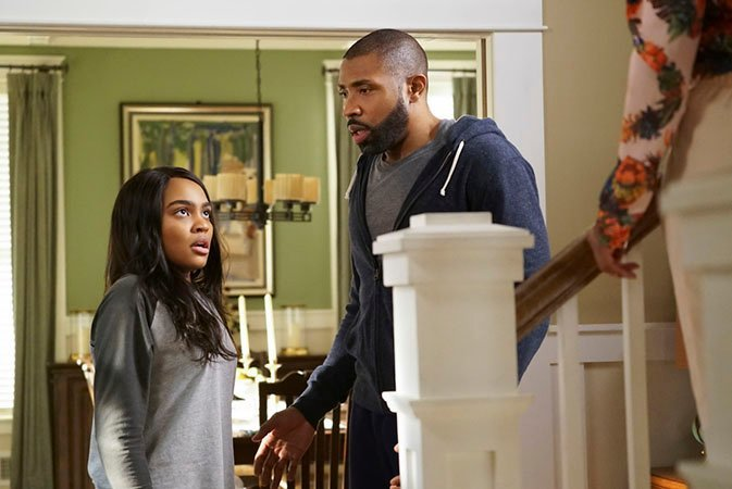 Imagen de Black Lightning (2018 - ?) 1x09: Little Black Lies