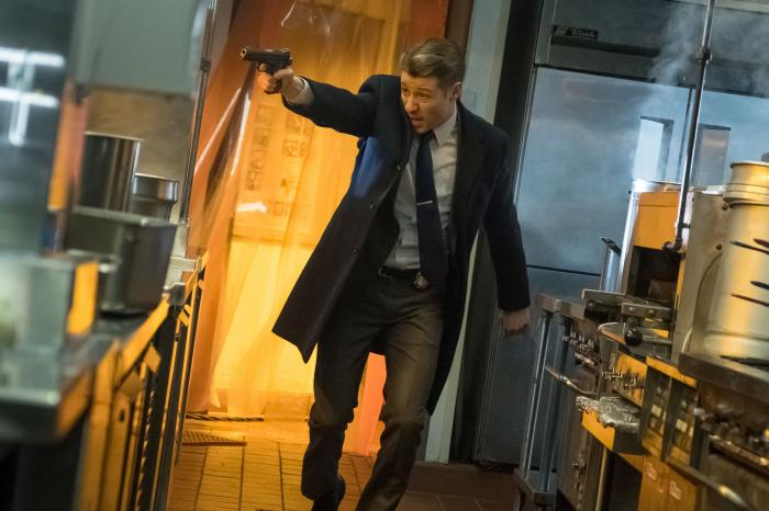 Imagen de Gotham (2014 - ?) 4x15: The Sinking Ship The Grand Applause