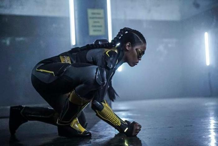Imagen de Black Lightning (2018 - ?) 1x10: Sins of the Father: The Book of Redemption