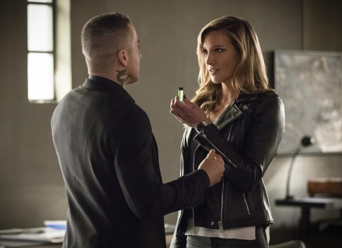 Imagen de Arrow 6x17: Brothers in Arms