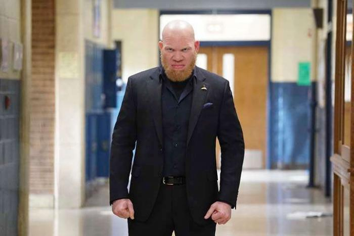 Imagen de Black Lightning 1×12: The Resurrection and the Light: The Book of Pain