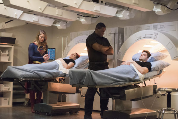 Imagen de Supergirl (2015 - ?) 3x16: Of Two Minds