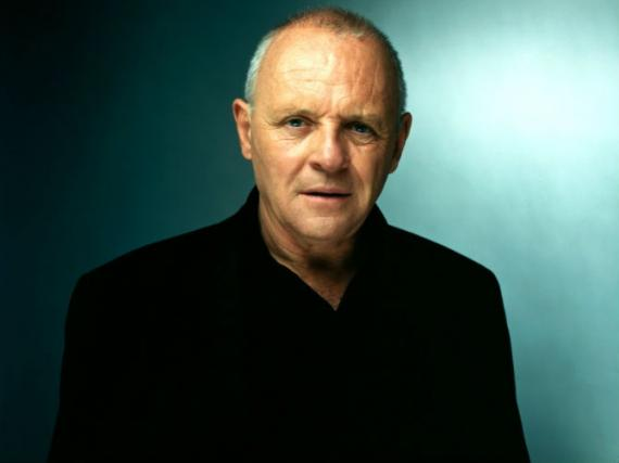 Anthony Hopkins en negociaciones para Red 2