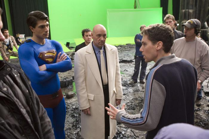 Imagen de Brandon Routh, Kevin Spacey y el director Bryan Singer en el set de Superman Returns: El regreso (2006)