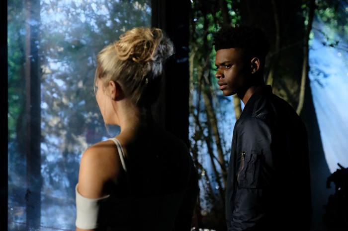 Imagen de Cloak & Dagger 1x03:Stained Glass