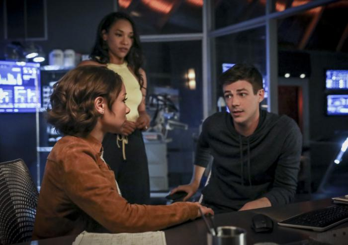 Imagen de The Flash 5x02: Blocked