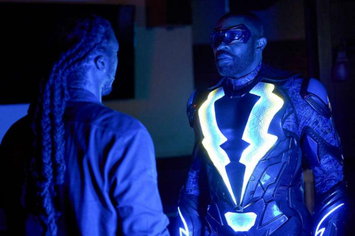 Imagen de Black Lightning 2x04: The Book Of Blood: Chapter One