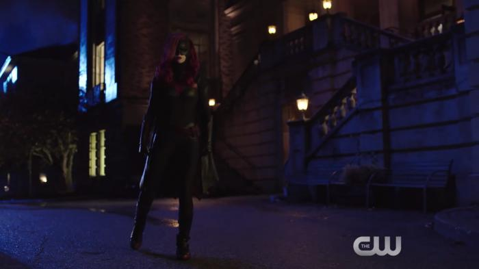 Imagen de Batwoman en promo de Elseworlds