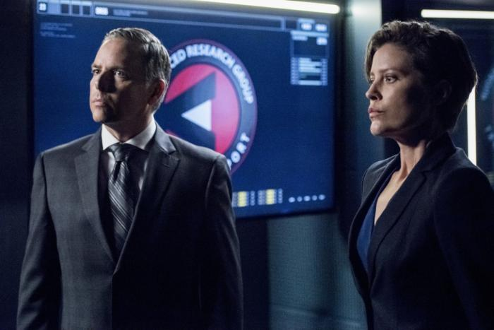Imagen de Arrow 7x10: Shattered Lives