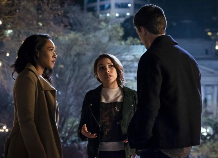 Imagen de The Flash 5x21: The Girl With The Red Lightning