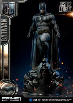 Figura de Batman en Justice League de Prime 1 Studio