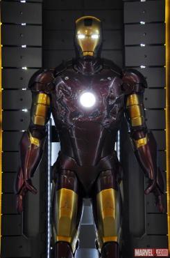 Imagen de la Mark III en el Hall of Armors de Iron Man 3