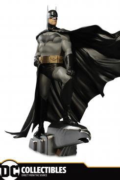 DC Collectibles DC Designer Series: Batman by Alex Ross