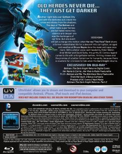 "Carátula trasera del Blu-Ray de ""Batman: The Dark Knight Returns Part 1"""