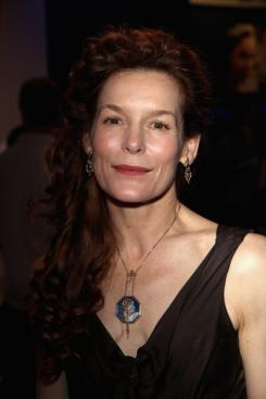 Alice Krige se une a Thor: The Dark World (2013)