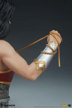 Busto de Wonder Woman, de Sideshow