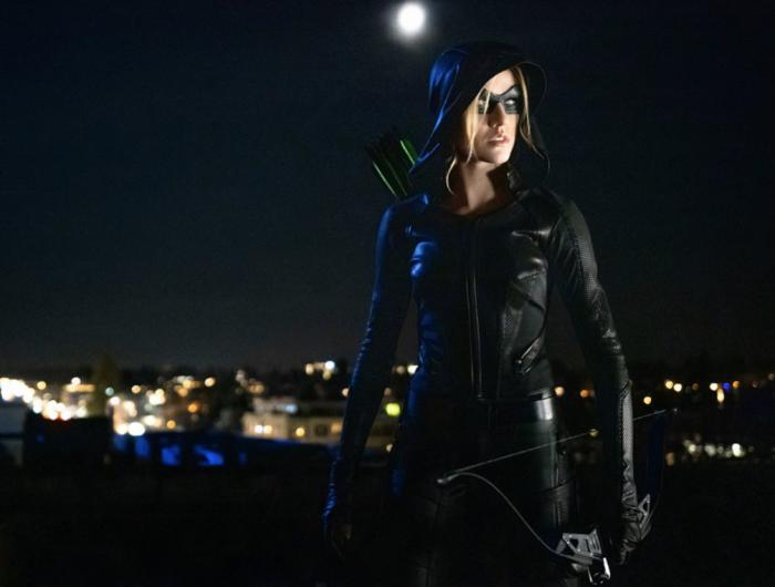 Imagen de Arrow 8x09: Green Arrow & the Canaries