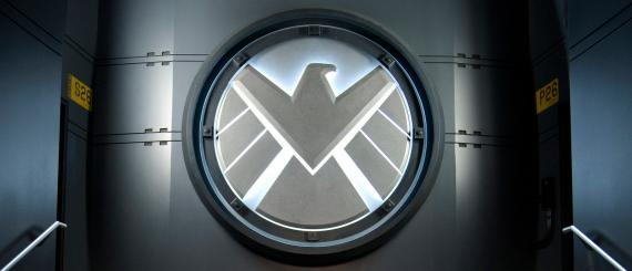 Logo de SHIELD en el universo cinematográfico Marvel