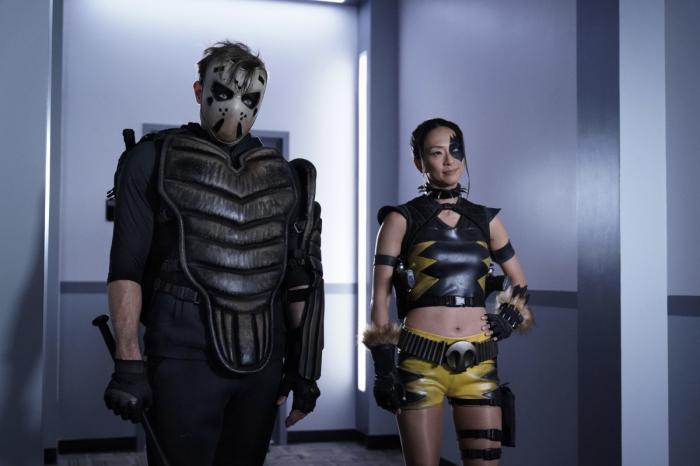 Imagen de Sportmaster y Tigress en Stargirl 1x06: The Justice Society