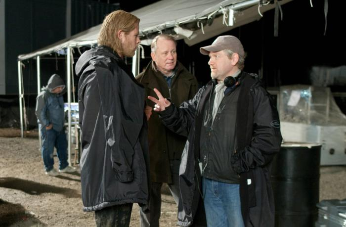 Imagen de Kenneth Branagh, Chris Hemsworth y Stellan Skarsgard en el set de Thor (2011)