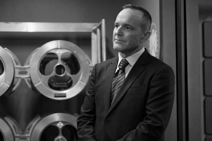 Imagen de Agents of S.H.I.E.L.D. 7x04: Out of the Past