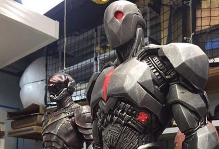 Cyborg-Flash-Justice League- Knightmare Trajes
