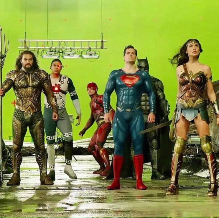 La Justice League encontrandose con Darkseid